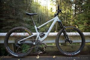 چه دوچرخه ای برای سفر و کوهستان مناسب هست